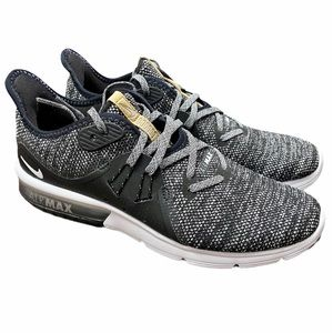 LIKE NEW! Women's NIKE Air Max Sequent Running